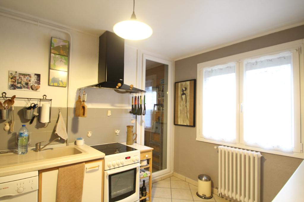 Appartement Jacob Bellecombette 4 pièce(s) 85.15 m2 6/12